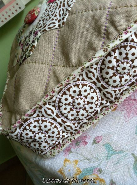 En esta foto, se puede apreciar mejor el detalle del perfil del bolso